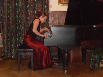 Klavírní koncert: Lucie Langerová