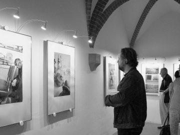 Oli V. Helcl – U.M.O. / fotogalerie / Vernisáž výstavy fotografií Oliho Helcla - U.M.O., foto: Jiří Necid
