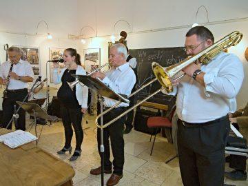 Taneční Vánoce / fotogalerie / Olomoucký Dixieland Jazz Band, foto: Jiří Necid