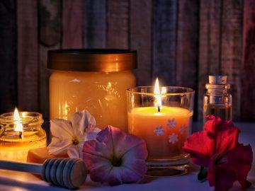 Tvoření svíček z včelího vosku