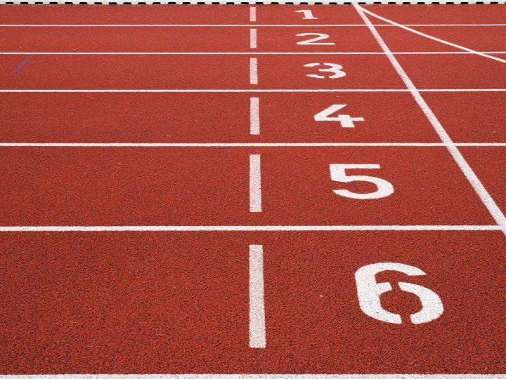 Atletický závod mužů a žen