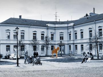 Památník T. G. Masaryka na Školním náměstí