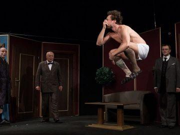 Ray Cooney: Velké lásky v malém hotelu