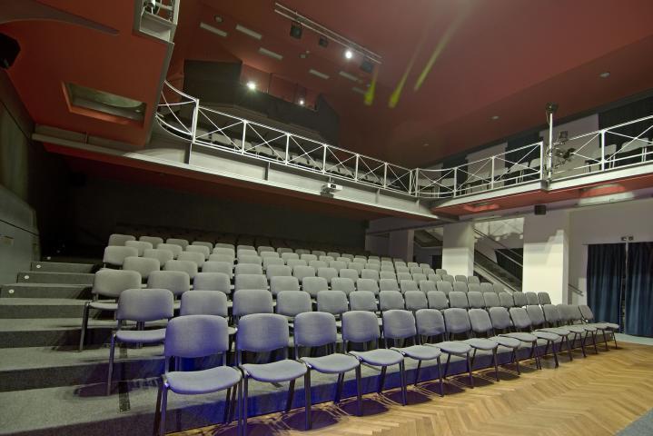 Divadlo Stará střelnice
