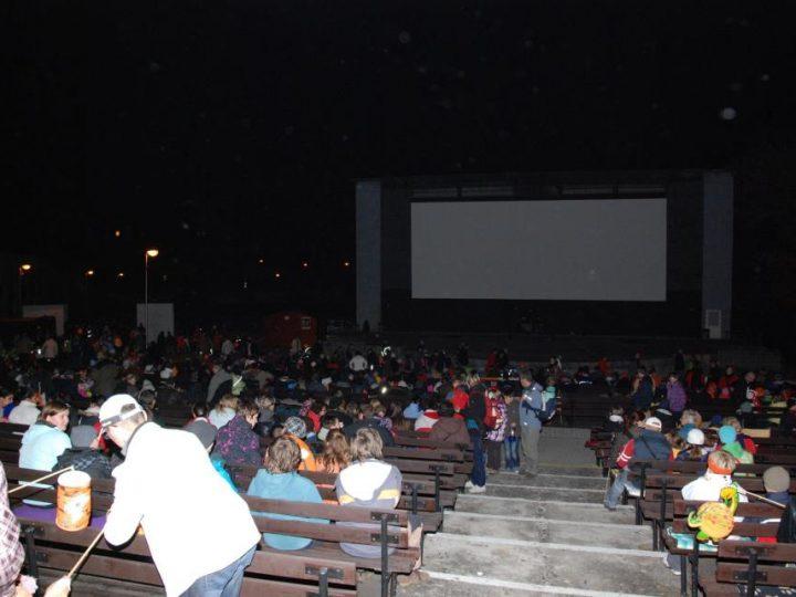 Silvestr v letním kině s ohňostrojem